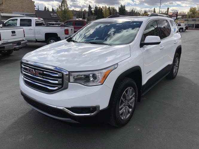 2019 WHITE /Grey GMC Acadia SLE-2 AWD (1GKKNSLS8KZ) with an 3.6L V6 DOHC 24V engine, 6A transmission, located at 116 5th Avenue South, Lewistown, MT, 59457, 47.063877, -109.427879 - Photo #0